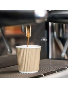 Gobelet à café, double paroi kraft. Ce gobelet permet un maintien en main sans risque de brûlure.